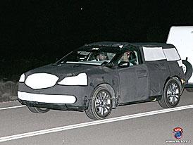 Spy Photos: Půjde Acura ve stopách BMW X6?