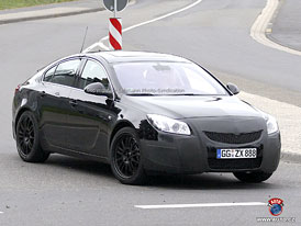 Spy Photos: Opel Insignia OPC