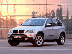 Český trh v červenci 2008: Zlato pro BMW X5 mezi SUV, prodávají se jen naftové šestiválce