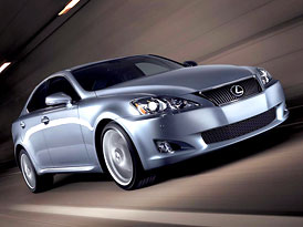 Lexus IS: Mírný facelift pro sportovní sedan střední třídy (nové foto)
