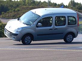 Renault Kangoo se téměř převrátil při vyhýbacím manévru v testu ADAC (VIDEO)