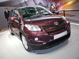 Paříž živě: Toyota Urban Cruiser - Malý městský crossover také s pohonem všech kol, nový motor 1,33 Dual VVT-i