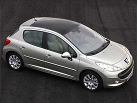 Automobilky PSA a Renault předčasně splatí část státní pomoci