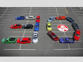 Holden Commodore: Oslavuje 30 let od uvedení na trh
