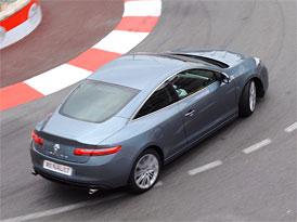 Renault Laguna Coupé: Aktivní řízení zadních kol Aisin standardně