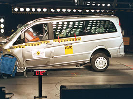 Euro NCAP: Mercedes-Benz Viano – čtyři hvězdy pro velké MPV