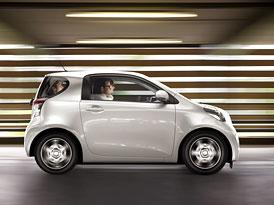 Toyota iQ startuje v Německu s cenou 12.700 Euro (cca 325.000,-Kč)