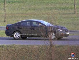 Spy Photos: Hyundai chystá své čtyřdveřové kupé