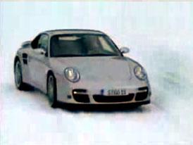 Video: Porsche 911 Turbo – Sportovec do každého počasí