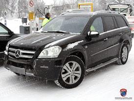 Spy Photos: Mercedes GL – drobné retuše velkého SUV