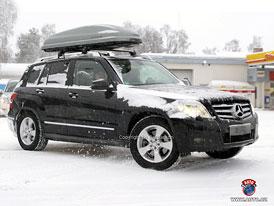 Spy Photos: Mercedes-Benz GLK s diodami na místě mlhovek