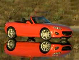 Video: Mazda MX-5 – Modernizovaný roadster staticky i v pohybu