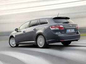 Český trh v únoru 2009: První místa ve střední třídě jsou jasná, Avensis je pátý, ale prodej Insignie se teprve rozbíhá