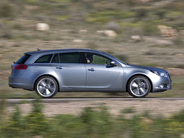 Opel Insignia Sports Tourer: První jízdní dojmy