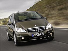 Mercedes-Benz nyn� v �R nab�z� ke t��d� S nav�c t��du A na rok zdarma