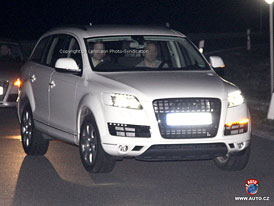 Spy Photos: Audi Q7 dostane již brzy modernizovanou podobu