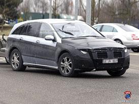 Spy Photos: Mercedes-Benz R - facelift ve stylu třídy E? (nové foto)
