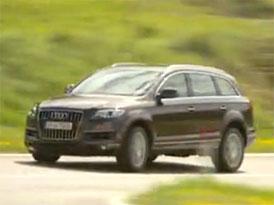 Video: Audi Q7 – Modernizované SUV na projížďce