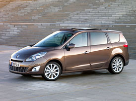 Renault Grand Sc�nic: Na �esk�m trhu od 384.900,- K�