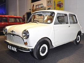 Mini slaví 50 let výroby, celosvětový sraz proběhne příští víkend v Silverstone