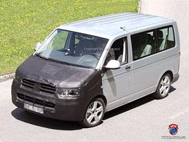 Spy Photos: Volkswagen Transporter/Multivan/Caravelle s přísnější tváří