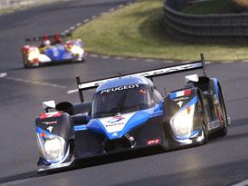 24 hodin Le Mans 2009: Peugeot porazil Audi a slaví double, historický úspěch také pro české barvy