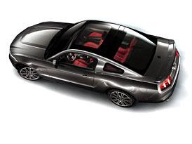Ford Mustang 2010 Glass Roof: Kultovní kupé také se skleněnou střechou