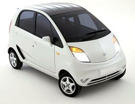Tata Nano: Prvních 100 tisíc zákazníků určila loterie, další desetitisíce na své auto čekají