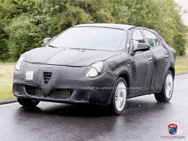 Spy Photos: Alfa Romeo Milano - Jej� kr�sa z�st�v� zahalena (nov� foto)