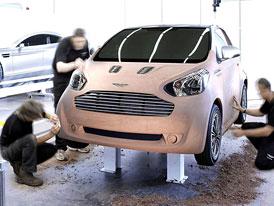 Aston Martin Cygnet jako Toyota iQ v novém hávu