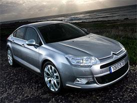 Citroën C5 3,0 HDi (177 kW): Vrcholný turbodiesel se dostal na český trh s cenou 949.900,- Kč