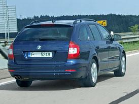 Spy Photos: Škoda Superb Combi na D1 (nové fotografie)