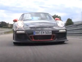 Video: Porsche 911 GT3 RS – Ostrá jízda na závodním okruhu