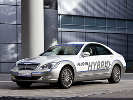 Mercedes-Benz Vision S 500 Plug-in Hybrid: Luxus se spotřebou 3,2 l/100 km