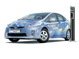 Toyota Prius Plug-in Hybrid: Delší dojezd a rychlejší nabíjení díky lithiu a zástrčce