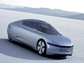 VW se spotřebou 1 l/100 km na Qatar Motor Show 2011