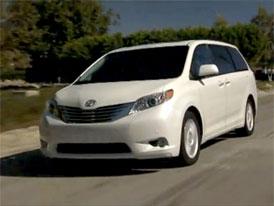 Video: Toyota Sienna � Nov� MPV v pohybu