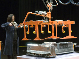 GM: Výroba baterií pro Chevrolet Volt zahájena