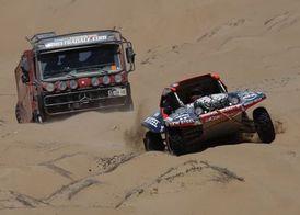 Rally Dakar 2010 (12. etapa) � rally pomalu fini�uje, ostr� boje mezi z�vodn�ky pokra�uj� (+ fotogalerie)