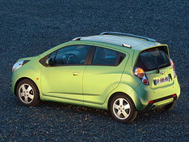 Chevrolet Spark: Nová generace od 194.900,- Kč, v základu 6 airbagů a posilovač řízení