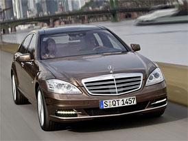Český trh v roce 2009: První mezi luxusními vozy Mercedes-Benz S
