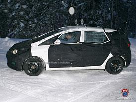 Spy Photos: Hyundai připravuje nové MPV, premiéra ještě letos