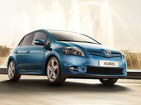 Toyota Auris 2010: Nové fotografie, včetně modernizovaného interiéru