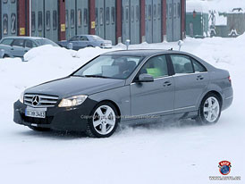 Spy Photos: Facelift pro Mercedes-Benz třídy C