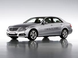 Mercedes-Benz E 300 BlueTEC HYBRID: Poprvé turbodiesel+elektromotor