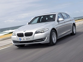 BMW 5 L: Nová pětka také s prodlouženým rozvorem, ale jen pro Číňany