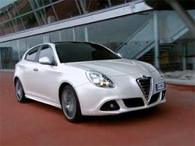 Video: Alfa Romeo Giulietta – Nový hatchback na projížďce