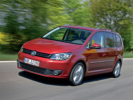 VW Touran: 1,6 TDI BlueMotion Technology se spotřebou 4,6 l/100 km (+nové fotografie)