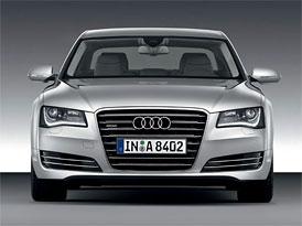 Audi A8 na českém trhu: Šestiválce 3,0 TDI (184 kW) a 3,0 TFSI (213 kW) snižují ceny po 2 miliony