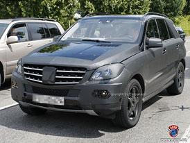 Spy Photos:  Mercedes-Benz ML (W166) - Nová generace se vydá proti Cayenne, X5 a Touaregu (nové foto)